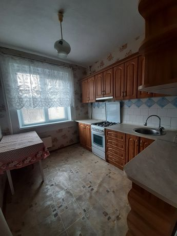 Оренда 2-ної квартири вул. Хоткевича