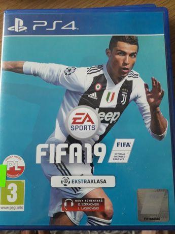 Fifa 19 PS4 używana