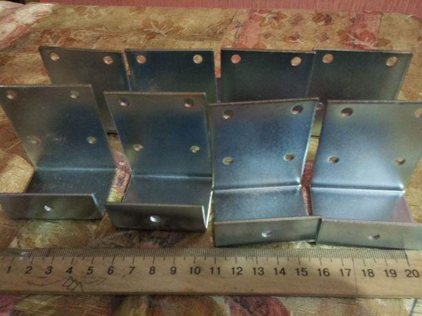 Уголок металлический для поддержки ламелей