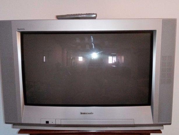 Televisão grande a cor - Panasonic