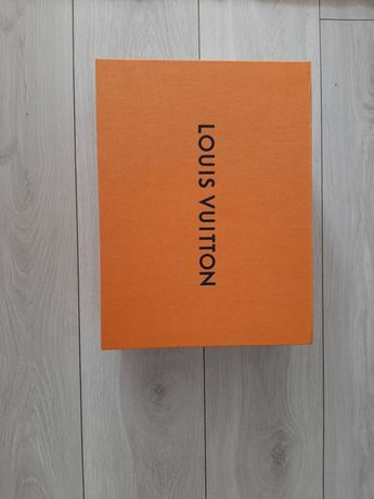 Puedłko Louis Vuitton