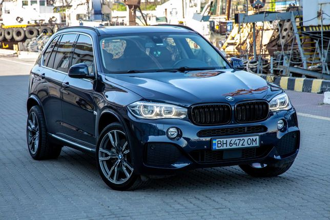 Продам BMW X5 f15 xDrive50I 450лс