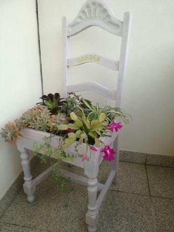 Cadeira floreira