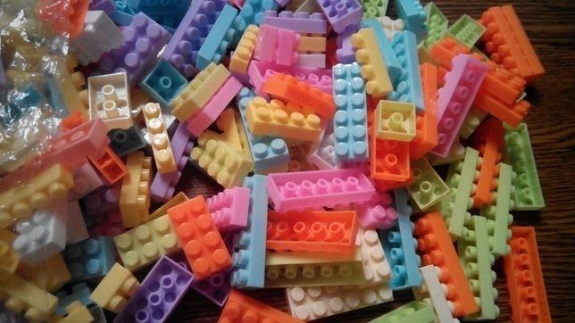 Новое лего кирпичики для девочки 600 деталей (обмен)