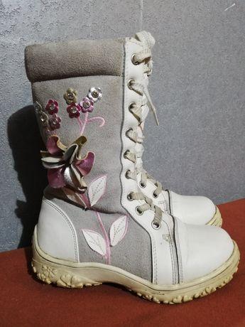 Фирменные зимние ботинки для девочек
