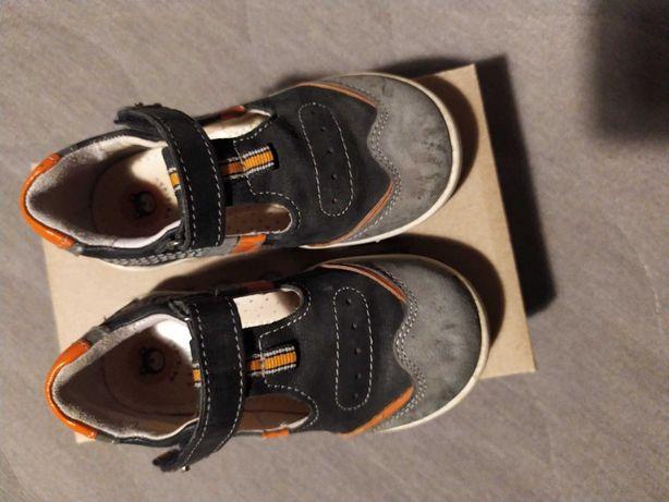 Buty chłopięce r 24