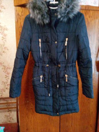 Пальто продам срочно