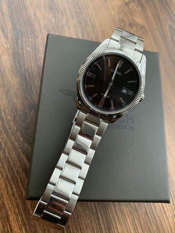 Elegancki zegarek Casio srebrny