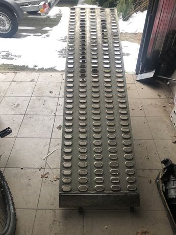 NAJAZDY Podjazdy Sztapel Aluminiowe 2M org.