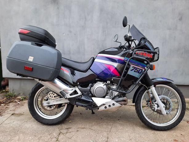 Yamaha XTZ 750 Super Tenere Sprowadzona ze Szwajcarii.Trzy kufry.