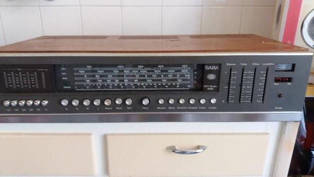Amplificador, sintonizador SABA
