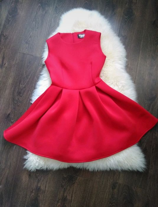 Elegancka sukienka czerwona piankowa XS Kłodzko - image 1