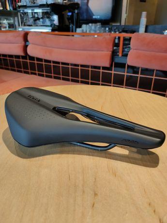Siodełko rowerowe Fizik Tempo Argo 150mm siodło szosa szosowe