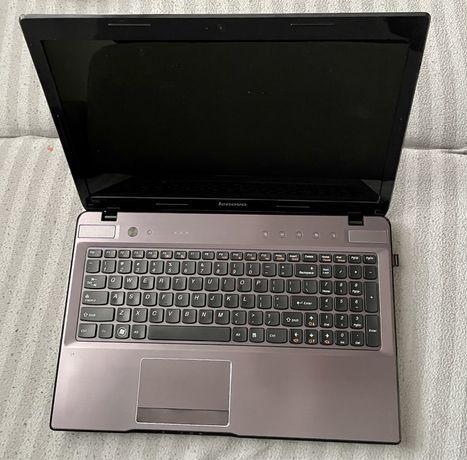 Laptop Lenovo Z570, 8 GB RAM, Intel Core i3, GeForce GT 520M, dysk SSD