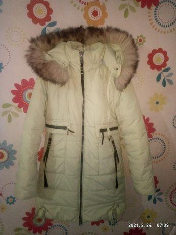 Зимняя куртка пальто 134-140