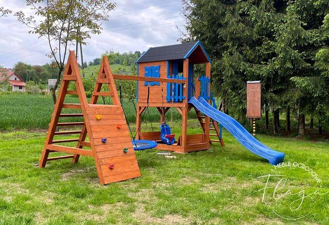 Plac zabaw rozbudowany, domek, huśtawki, piaskownica, wspinaczka