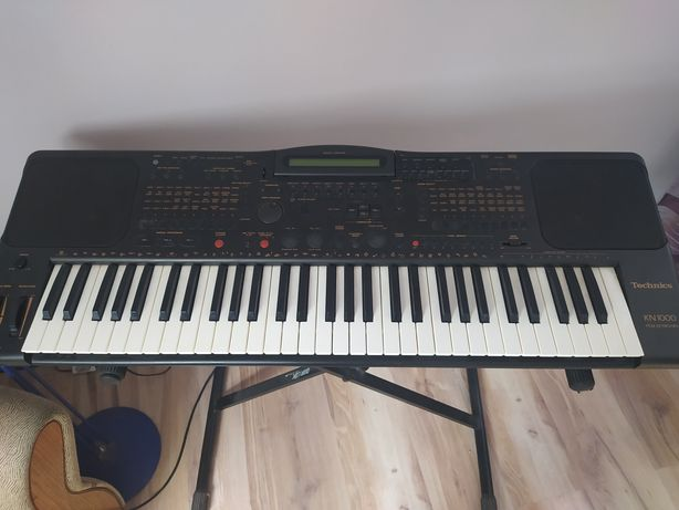 Keyboard Technics KN 1000 Syntezator