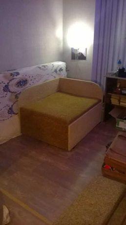 Продам одноместный диван