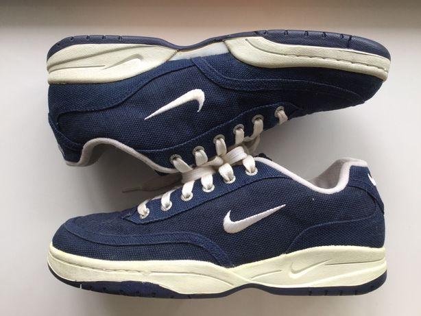Nike 42 р.