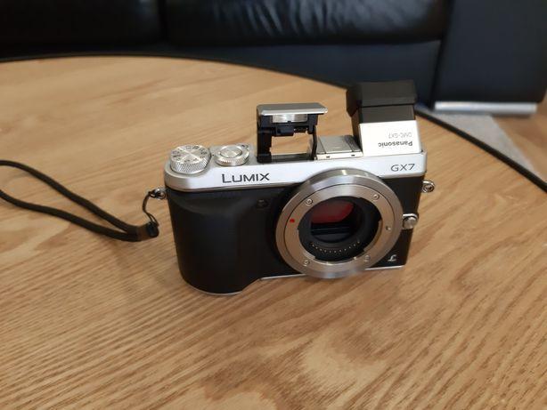 Maquina fotografica como nova