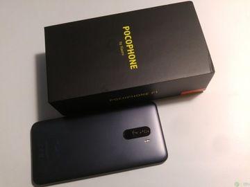 Sprzedam telefon Xiaomi Pocophone F1 6 GB/128 GB