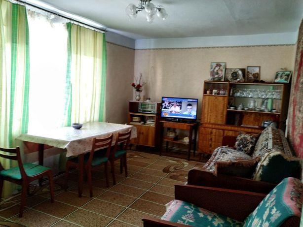 Продаю квартиру в смт Берегомет Вижницького р-ну. (Обмін Франківськ)