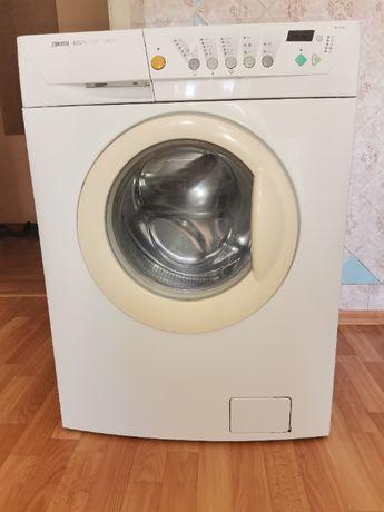 Машина стиральная бу ZANUSSI рабочая