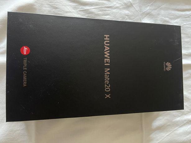 Huawei mate 20x usado