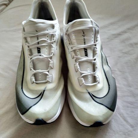 Кроссовки для бега по шоссе Nike zoom fly 3