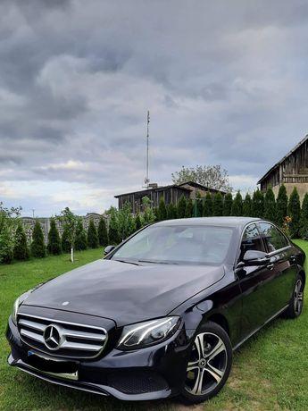 Auto do ślubu/wynajem Mercedes E