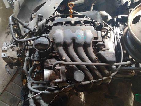 Volkswagen Golf 4 двигатель 1.6 бензин