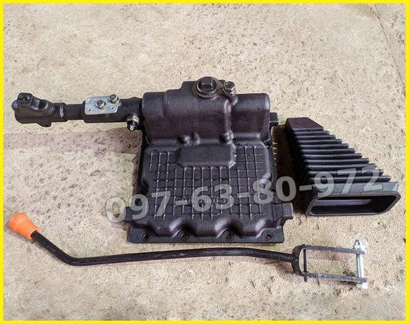 Кулиса на МТЗ-80,82 крышка коробки передач КПП Д-240 нового образца