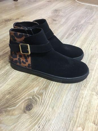 Ботинки ботінки черевики сапоги сапожки туфлі туфли ботфорды