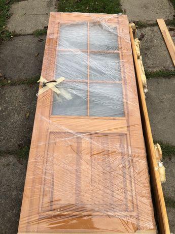 Натуральні деревяні двері, міжкімнатні, з сосни