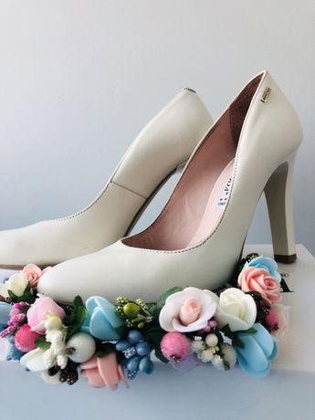 Туфли лодочки Bravo Moda