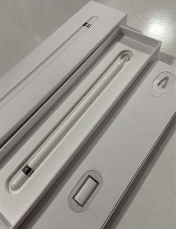 Apple pencil com capa de proteção
