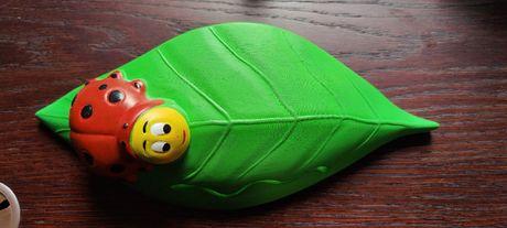 Kinkiet 230V zielony liść biedronka