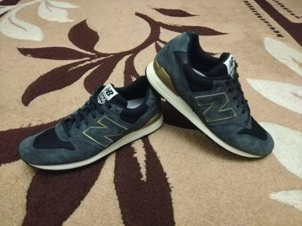 Нові шкіряні кросівки New Belance