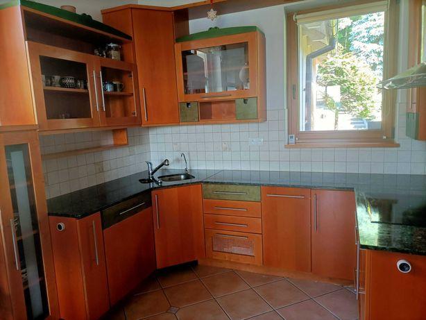 Meble Kuchenne, częściowo drewniane, blat granitowy