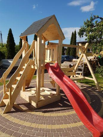 Plac zabaw, domek dla dzieci, zjeżdżalnia huśtawka