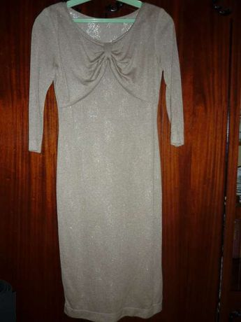 Трикотажное золотистое платье
