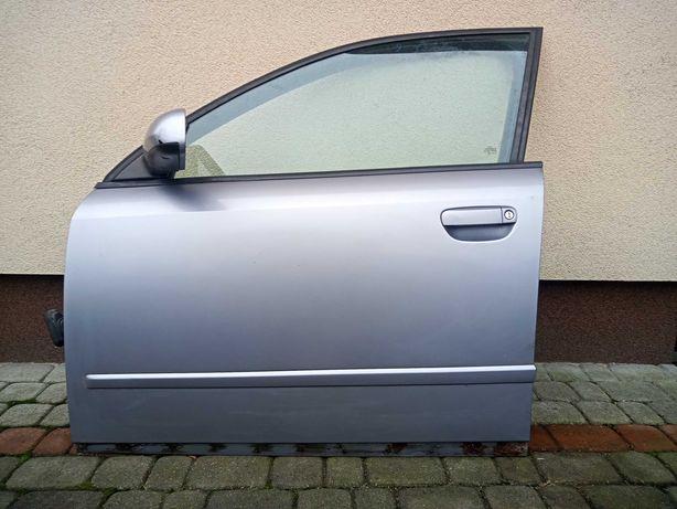 Audi A4 B6 drzwi lewy przód LY7H