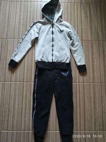 Спортивный костюм на 7-8 лет