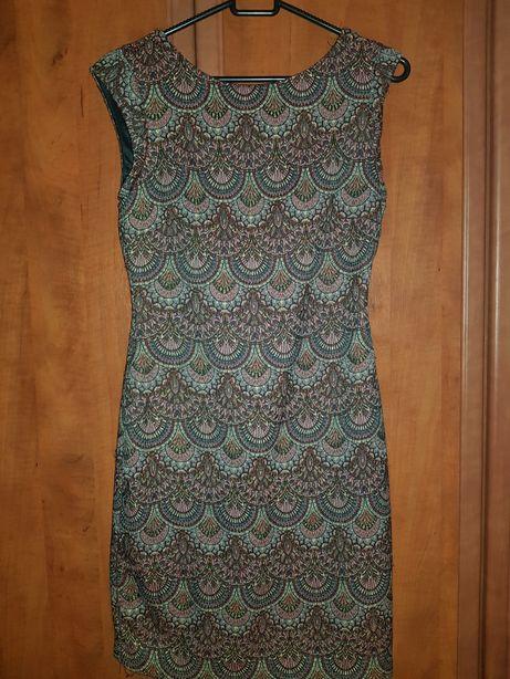 Piękna sukienka zara.elegancka.wycięcie,dekolt plecy,boho,wzory. S