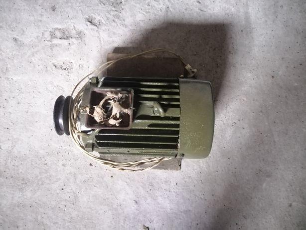 Продам електродвигатель для церкулярки