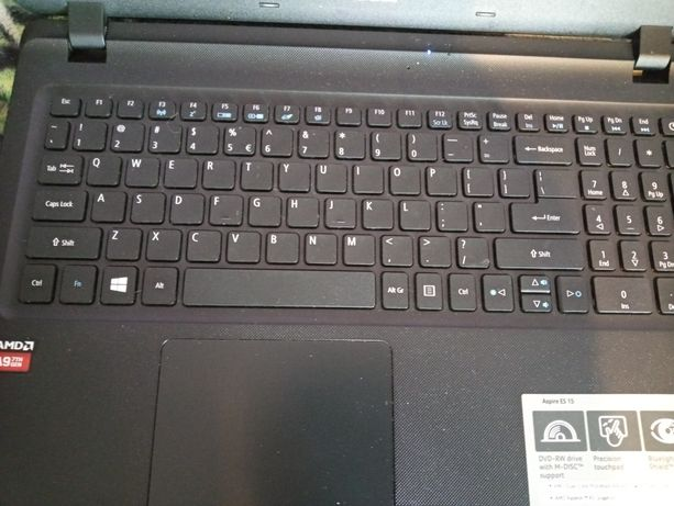 Laptop acer aspire es 15