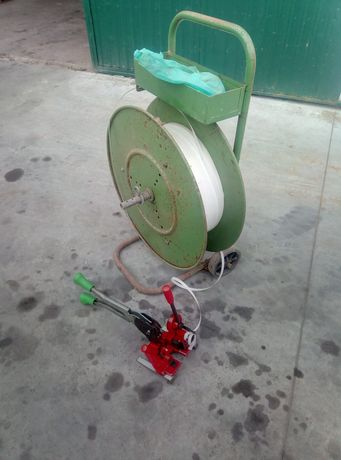 Máquina de cintar