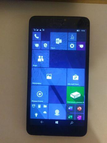 Microsoft Lumia 640XL(дисплей)