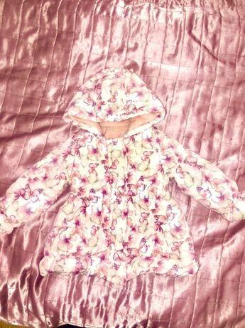 Демисезонная курточка на 12-18 месяцев!