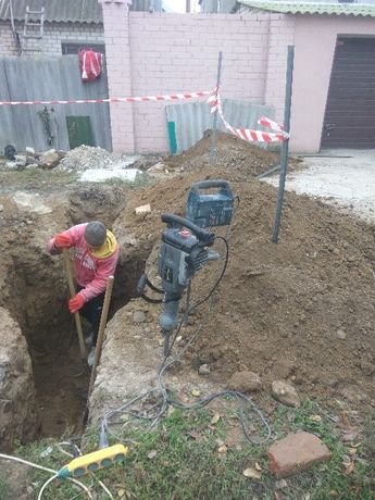 Земляные работы, демонтаж бетона, спил деревьев.